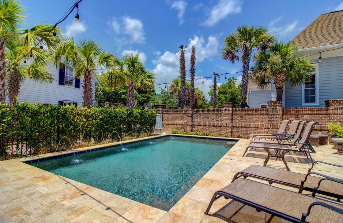 20180626153531436088000000-o-1120x730 Daniel Island Park with Pool - Perfect for Golf Lovers!