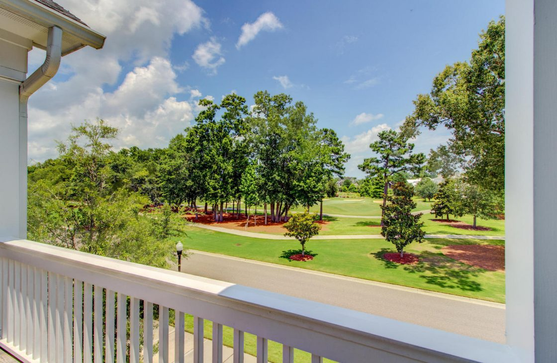 20180626153624895083000000-o-1120x730 Daniel Island Park with Pool - Perfect for Golf Lovers!